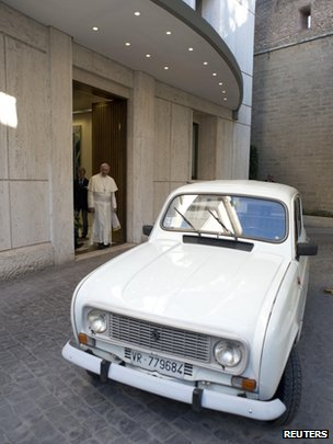 Pope Francis and Renault 4